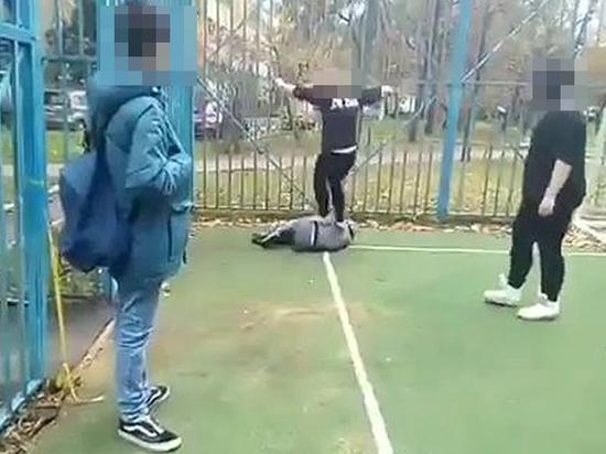 Видео девочка с мальчиком занимаются сексом