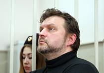 Обвинение против Никиты Белых, взятого с поличным, рассыпается в суде