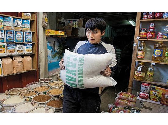 Сахар будет дорожать: казахстанских производителей вытесняют конкуренты