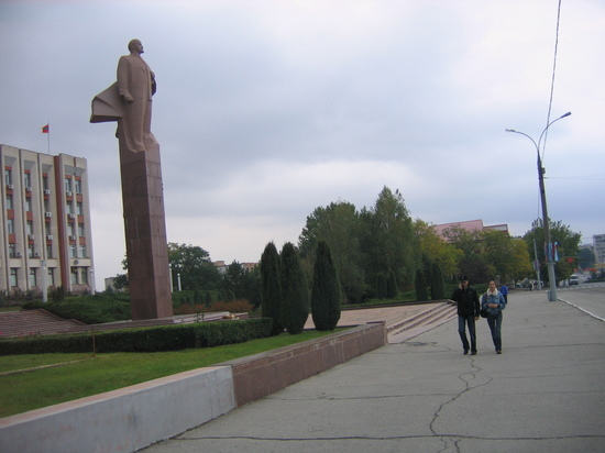 Вид из Тирасполя  американские учения на границе Приднестровья встревожили  жителей 3a9b0b456dc