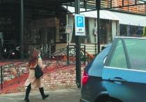 В Москве появились парковки только для женщин: рады не все