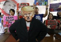 Год неспокойного Трампа: в президенте разочаровались и Россия, и США