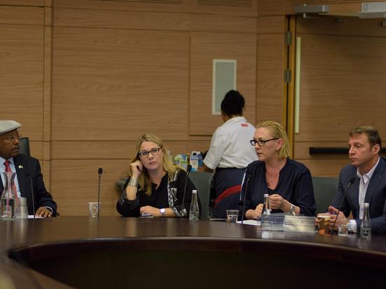 Депутаты возмутилась дискриминацией репатриантов из бывшего СССР