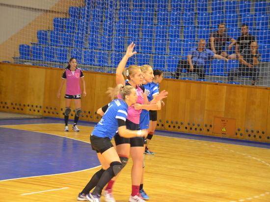 Гандболистки «Ставрополья» вышли в четвертьфинал Кубка России