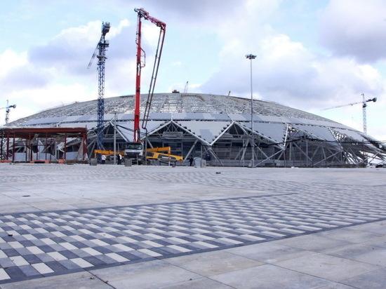 На стадионе к чемпионату мира «поехала крыша». Подрядчик, строивший кровлю стадиона, вышел в офсайд