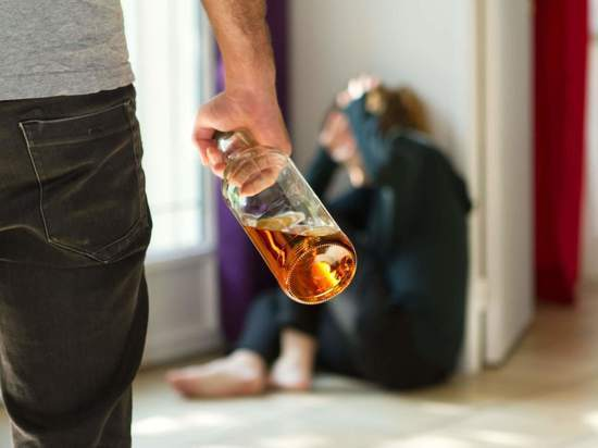 Как отправить дебошира-пьяницу на принудительное лечение