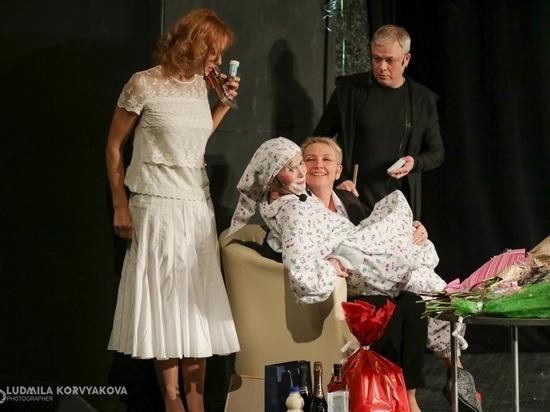Как артисты повеселились на дне рождения Снежаны Савельевой: взгляд из зрительного зала