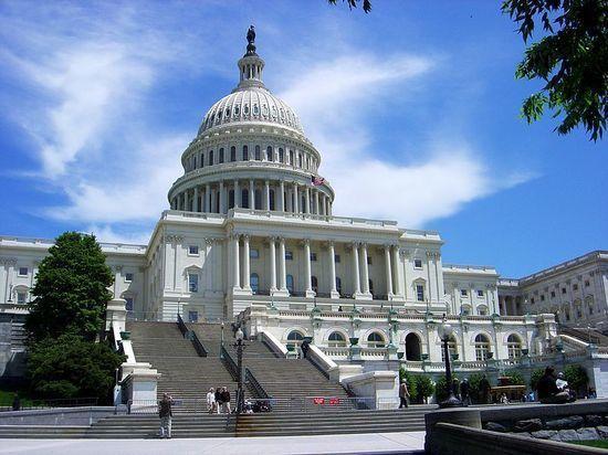 Конгресс США утвердил военный бюджет США на 2018 год