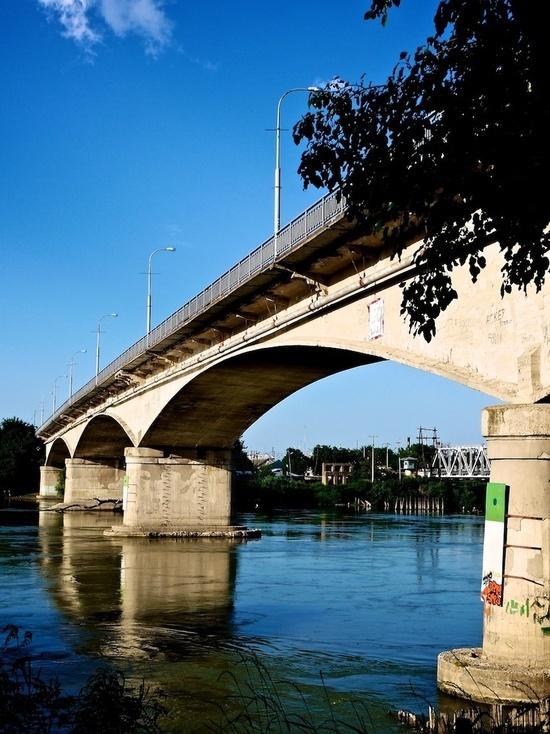Как на Кубани мосты строили