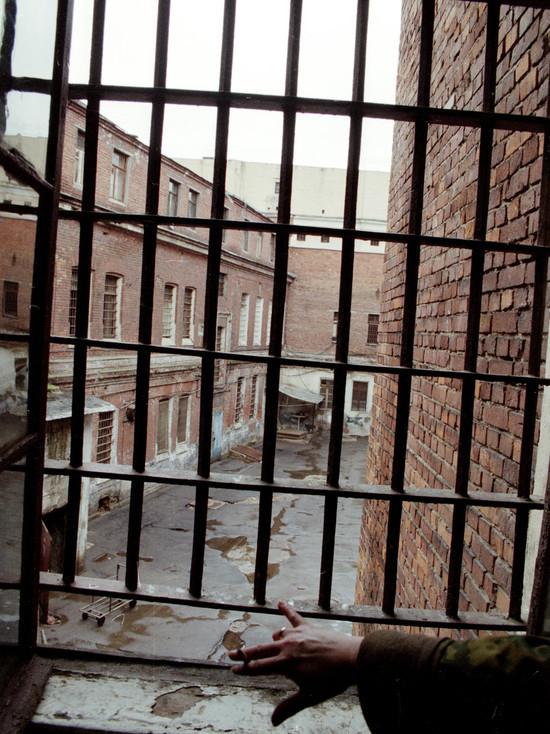 В Башкирии безумца, сжегшего лицо любимой, посадили на три года