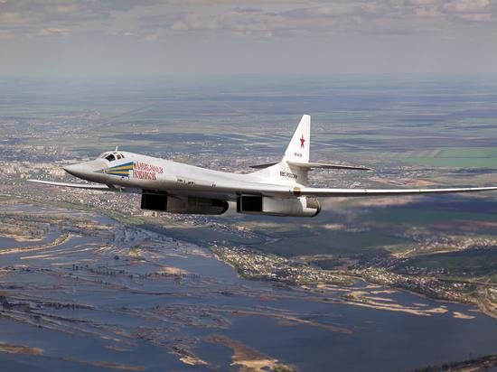 Самолет Судного дня: первый образец Ту-160 выкатили из ангара