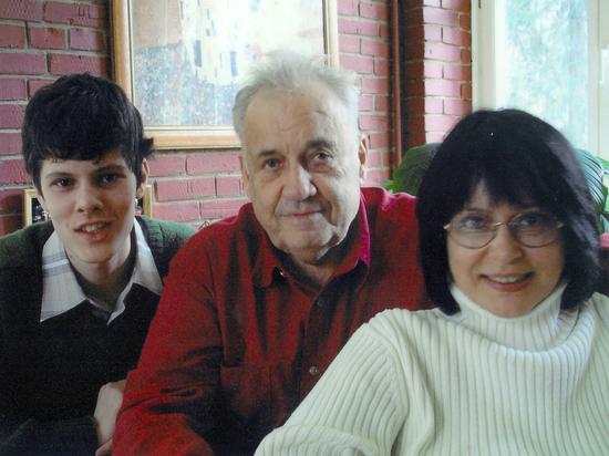 Секс дедов и внучек жестоко видео