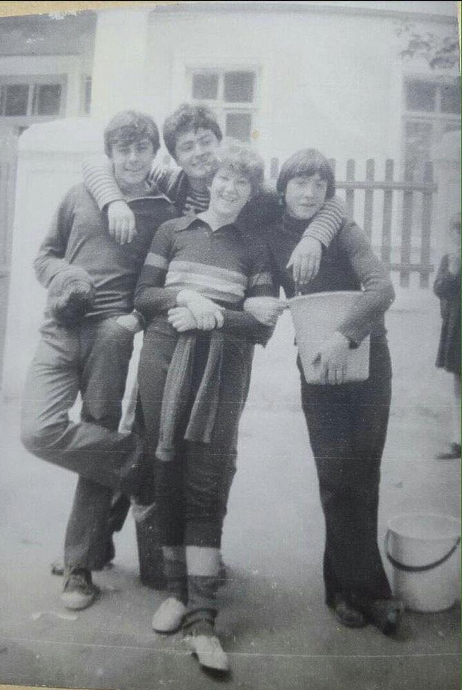 Приднестровская юность Порошенко: фото из школьного архива
