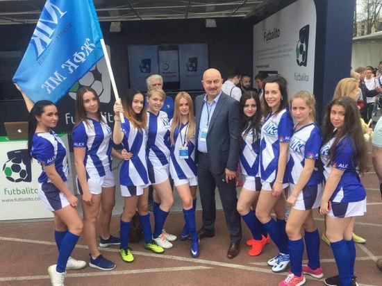 Секреты успеха в Любительской женской футбольной лиге: десять отжиманий каждой
