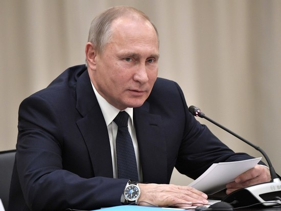 Не заботится о простых гражданах: россияне назвали главные минусы Путина