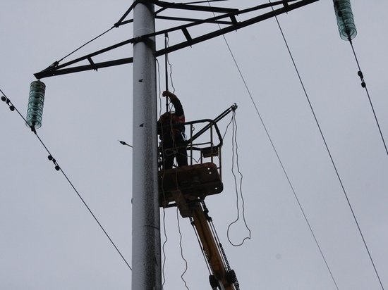 Энергетики «Ивэнерго» оперативно восстанавливают нарушенное снегопадом электроснабжение потребителей