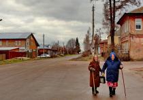 Десять лет назад в редакцию «МК» пришло письмо о том, что в маленьком поселке в Павлово-Посадском районе священник силой удерживает в своем доме девочку-подростка и нужно ее спасти