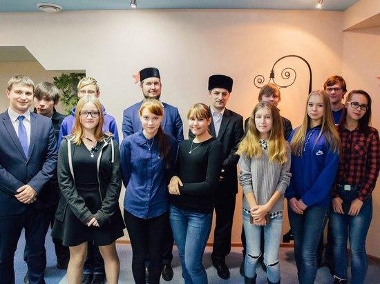 Молодёжь Сургута учат толерантности