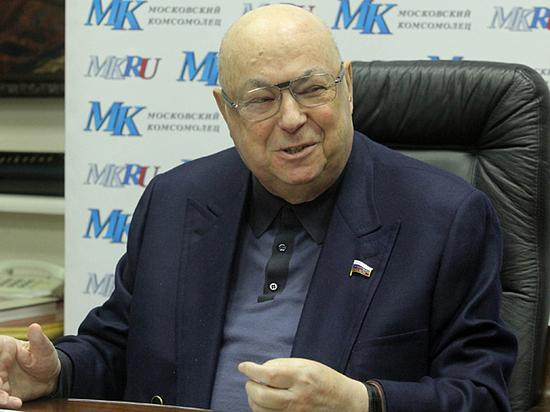 Самый заслуженный строитель Москвы пришел в гости к «МК»