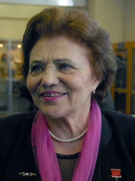 Стала летчицей, чтобы отомстить фашистам: скончалась легендарная Марина Попович