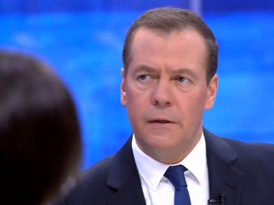 Медведев защитил политическое долголетие Путина, указав на Германию