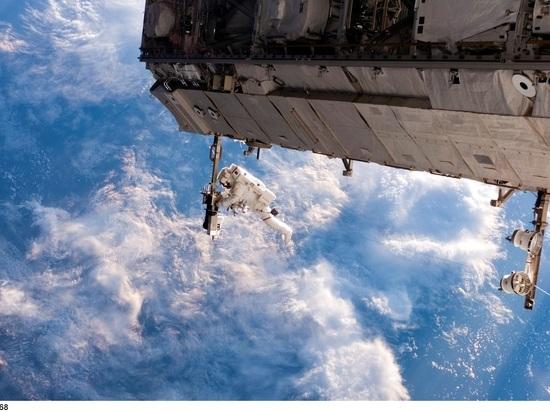 Космонавты МКС выйдут в открытый космос, чтобы починить иллюминаторы