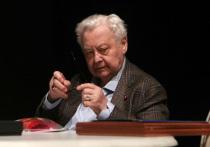 Олегу Табакову лучше: он съел две тарелки манной каши