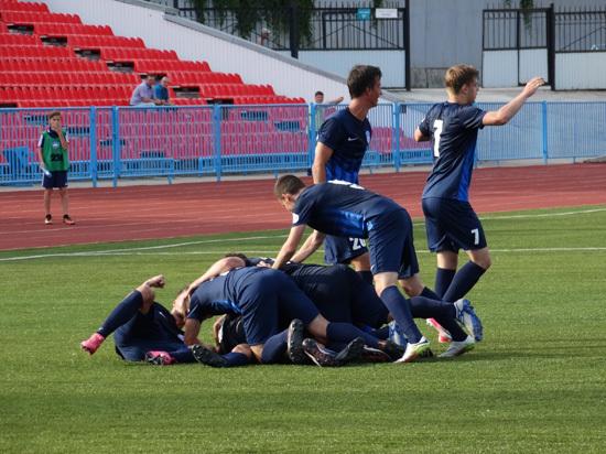 За семь месяцев до старта чемпионата мира в России саратовский футбол пребывает в глубоком кризисе