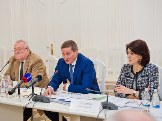 Губернатор Андрей Бочаров обозначил ключевые направления развития высшей школы