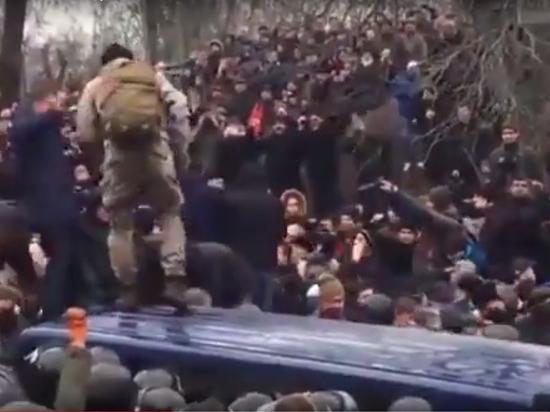Новый Майдан Саакашвили: в Киеве опять появились баррикады