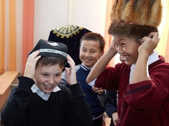 Школьникам рассказали о многонациональном составе населения Южно-  Сахалинска