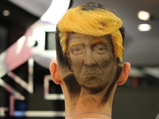 Лицо Трампа стало прической