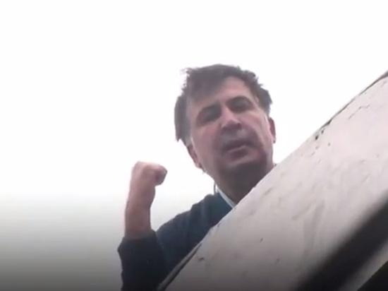 Задержанный в Киеве Саакашвили в изоляторе объявил бессрочную голодовку