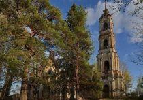 В Пеньках Костромской области восстанавливают храм Воскресения Христова
