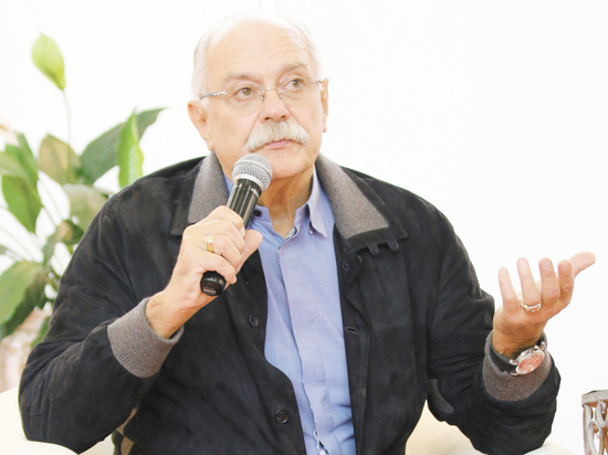 Перевыборы Михалкова главой Союза кинематографистов прошли а-ля съезд КПСС