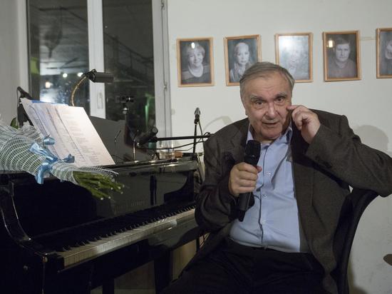 «Двенадцать» Владимира Дашкевича: композитор пел за белых, красных и проституток