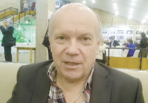 Актер Виктор Балабанов на X съезде Союза кинематографистов РФ предложил свою кандидатуру на пост его председателя