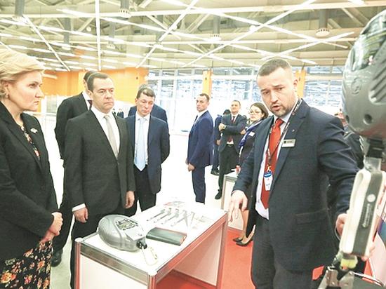 Медведев назвал жуткие данные гибели россиян на работе