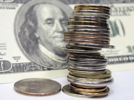 Америка грозит отправить рубль в нокаут: доллар взлетит к выборам