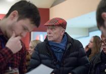 Виталий Манский дважды покупал компьютер победителю фестиваля