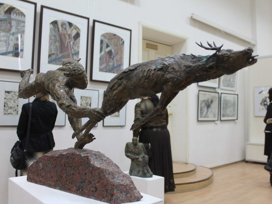 В Центре ИЗО во Владимире открылась всероссийская выставка скульптуры и графики