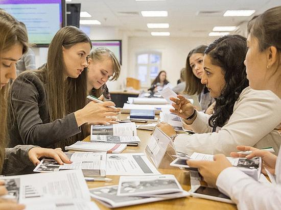 В правительстве столицы разработали программу привлечения молодежи на руководящие должности в органах власти