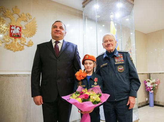 Девочка-героиня, спасшая из огня детей, осталась без крыши над головой