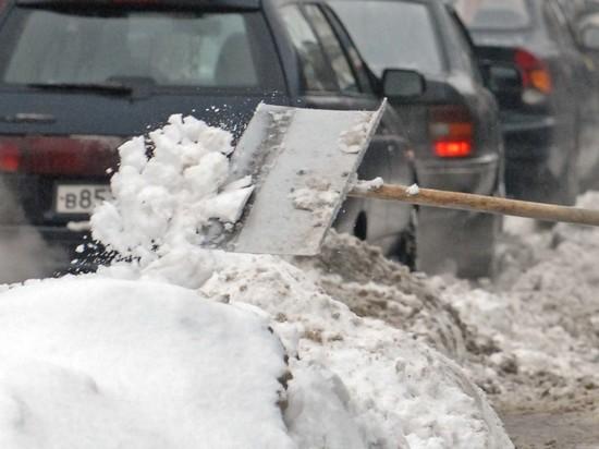 Помог с расчисткой: жителя Улан-Удэ оштрафовали за неправильную уборку снега