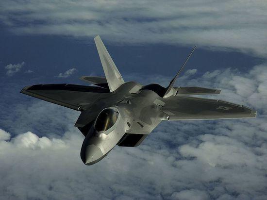 Глава Пентагона пообещал разобраться в сирийском «конфликте» Су-25 и F-22