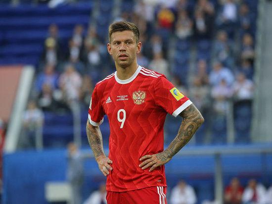 «Реал» или «Зенит»: где продолжит карьеру нападающий Федор Смолов