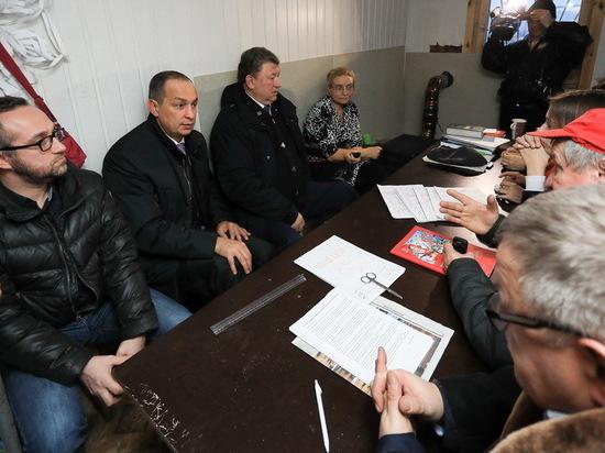 Депутат Госдумы попросил голодающих прекратить акцию протеста