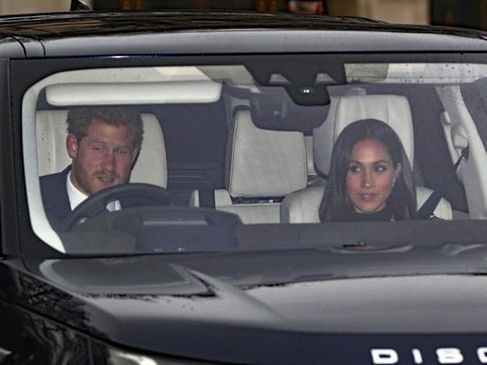 Ради невесты принца Гарри британская королева впервые нарушила протокол