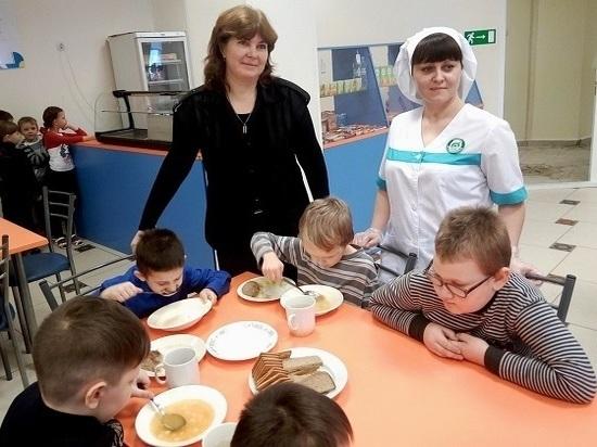 Повар Татановской школы покорила столичных экспертов печеночным тортом