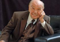 Увы, в мартиролог уходящего года теперь записан и Владимир Шаинский, ушедший после тяжелой болезни в возрасте 92 лет